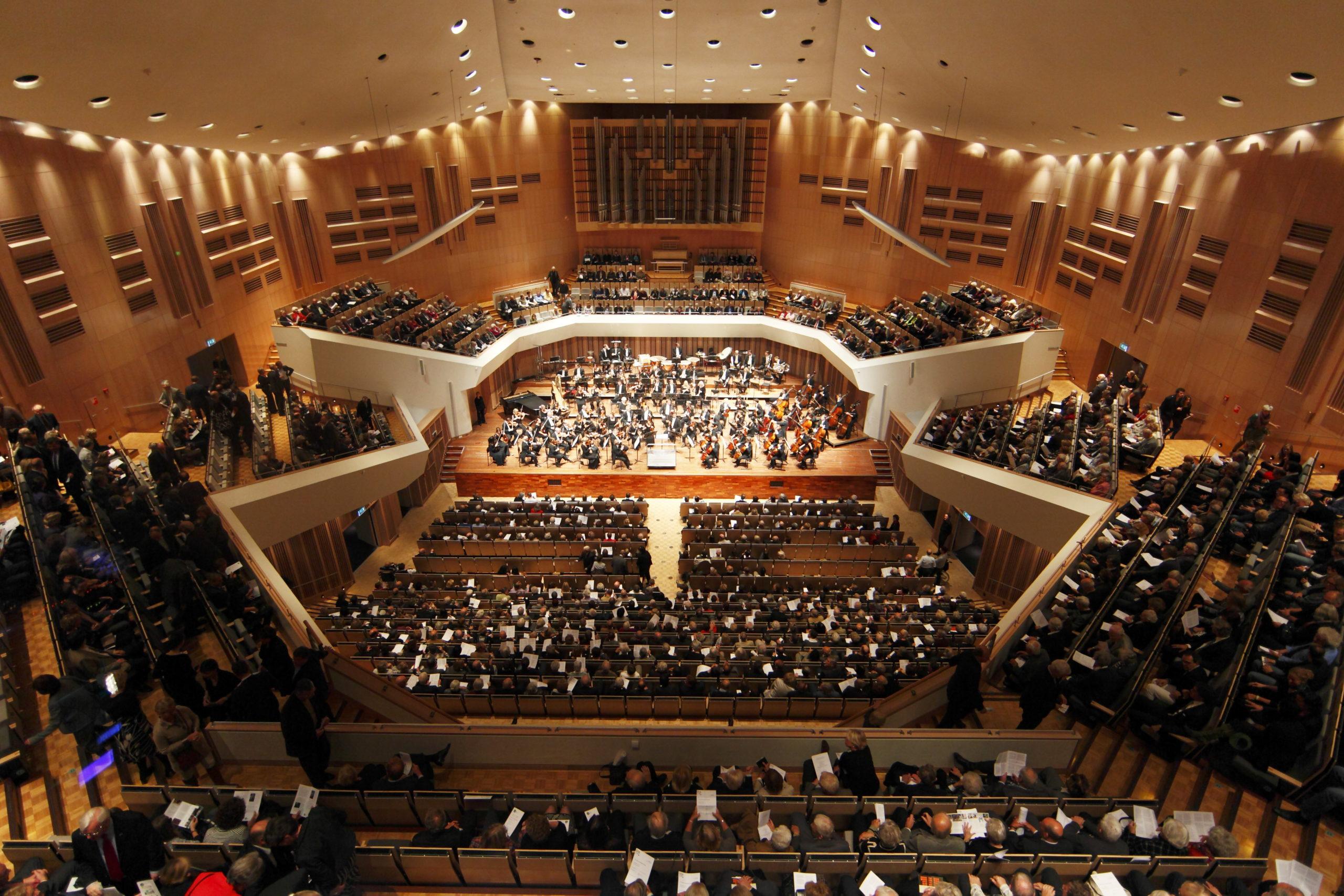 Muziekgebouw 4